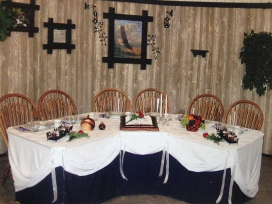 635631656849661220-Amish-Cook-corner