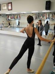 Second generation dancer Sydney Ewing trains with Natalia