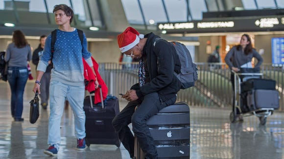 Christmas air travelers at Washington Dulles International