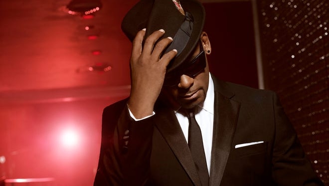 R. Kelly claims he didn't go onstage at Soulfest AZ Saturday in Tolleson because the oranizers didn't pay him.