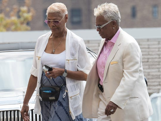Dionne Warwick (l) at Whigham Funeral Home to attend