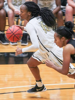 Junior forward Jasmine Franklin led the Trojans with 12 points and 13 rebounds at Queens.