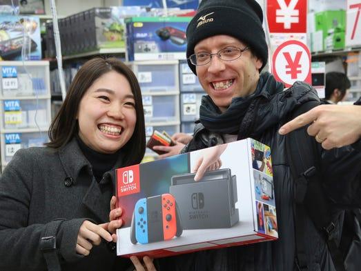 David Flores and his wife Nao Imoto show off Nintendo's