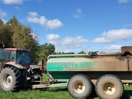 A rural Owen teen died as a result of a farm accident in the town of Hixon. Officials believe the boy entered the manure tanker to fix a mechanical issue.