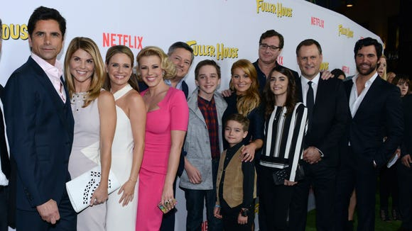 And here's the 'Full House' crew at the 'Fuller House'