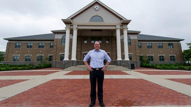 Mayor Scott Fadness.