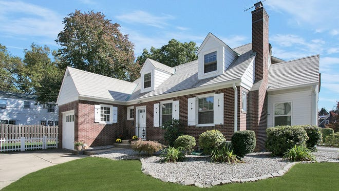 43 Highland Ave. will be open to the public from 1 to 4 p.m. Sunday, Oct. 29.