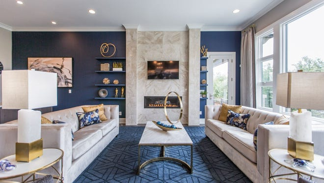 No matter what stage of life you're at, chances are you're looking for a home with updated features and chic style elements from a homebuilder who can deliver.