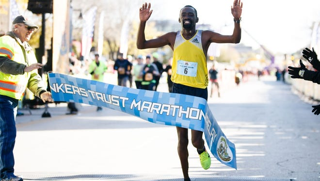 IMT Des Moines Marathon men's winner Enock Birir.