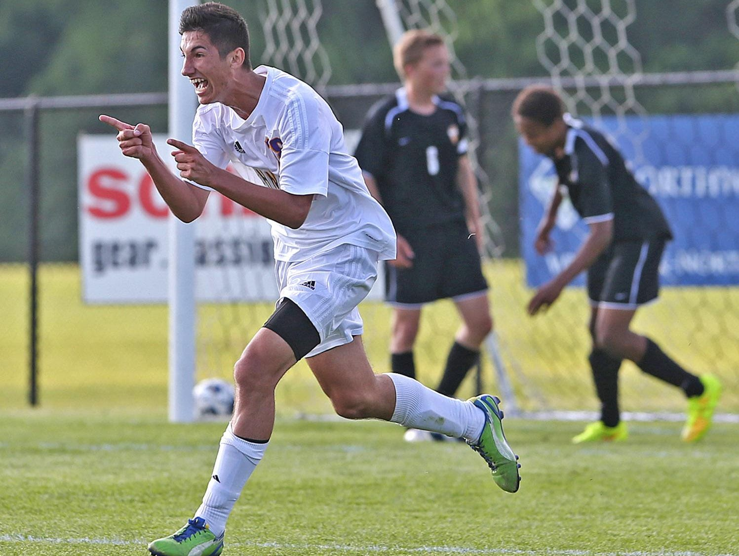 Elvir Ibisevic scored 20 goals and led Johnston to a Class 3A runner-up finish as a sophomore in 2014. He signed to play at Omaha on Wednesday.