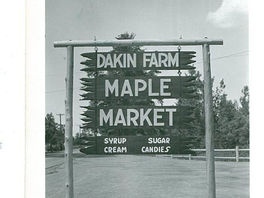 The original Dakin Farm sign along U.S. 7 in Ferrisburgh in 1960.