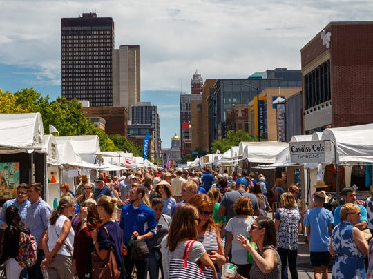 Thousands pack the streets as the Des Moines Arts Festival kicks off Friday, June 23, 2017.