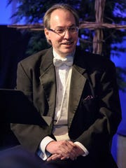 SSO Music Director and Conductor Kevin McMahon