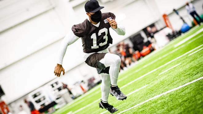 Odell Beckham Jr. participates in strength and conditioning during Browns training camp. [Photo courtesy of the Cleveland Browns].