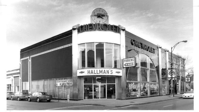 Dec. 17, 1990: Art Deco facade of Hallman's Chevrolet at 200 East Ave.