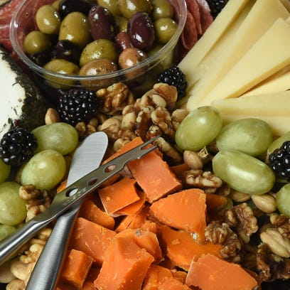 How to create a fantastic holiday party platter