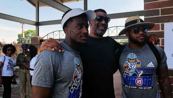 Former UM star Jourdan Lewis relies on teammates to get camp off the ground