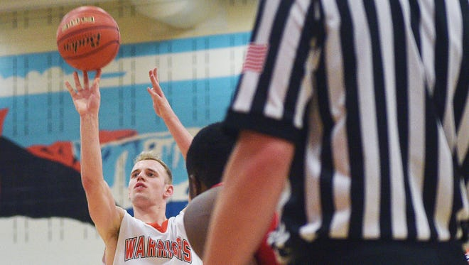 Washington's Logan Uttecht shoots a free throw against Lincoln during the game Thursday, Jan. 25, at Washington.