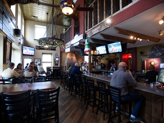 LEBANON DAILY NEWS   Michael K. Dakota  The Batdorf Restaurant, located at 245 W. Main Street in Annville has won the  Best Overall Bar,  in the Best of Lebanon Valley reader s poll. The Batdorf serves more than 200 brands of bottled beer plus 30 drafts on tap.