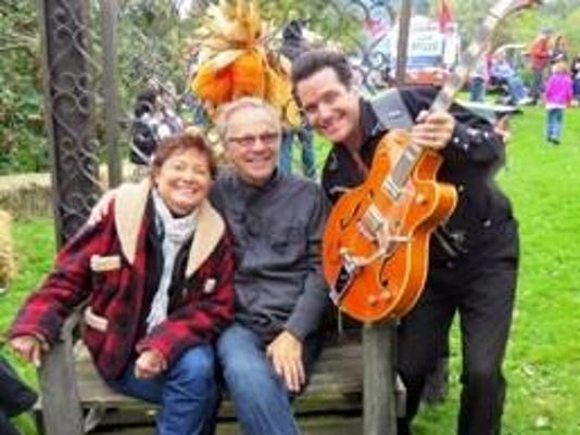 Robby, Karen and Bobby Vee.