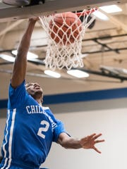 Chillicothe senior Branden Maughmer throws down a one-handed