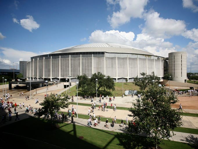 The Astrodome, Houston (The Associated Architects):