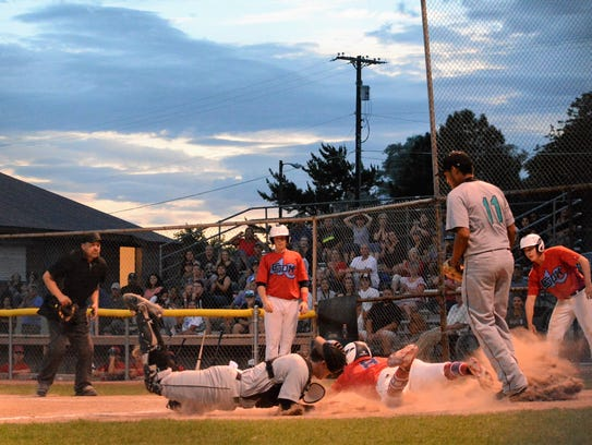 The Frackers defeat the Club Sox 12-7 in Thursday's