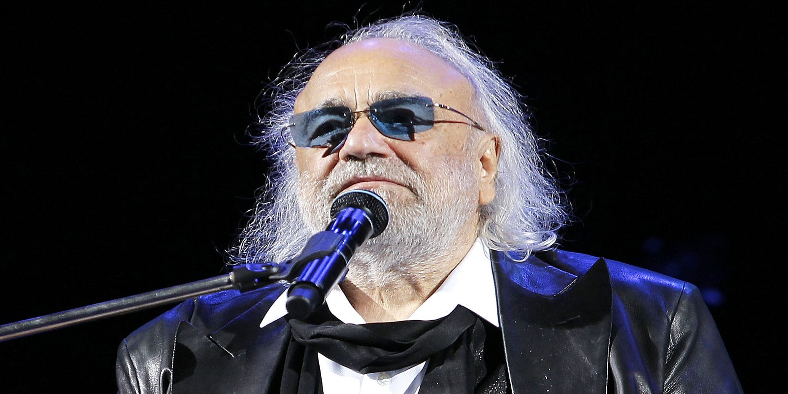 Renowned Greek Singer Demis Roussos Dies At 68 Radio Wave Diagram Http Hollywoodbollywood Co In Hoadmin