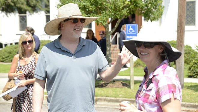 """Timothy Busfield  on the North Carolina set of """"Secrets and Lies."""""""