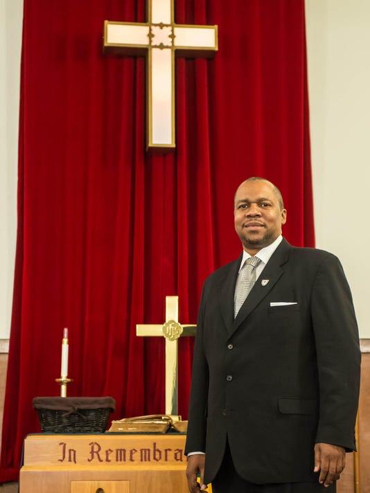 IMG_Pastor_01.jpg_1_1_738V36JO.jpg_20141109.jpg