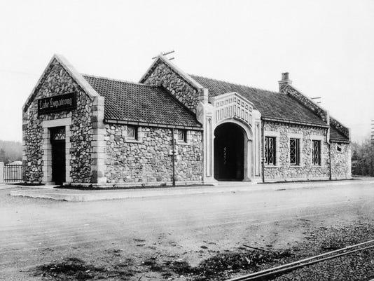 Lake Hopatcong Train Station 1911.jpg