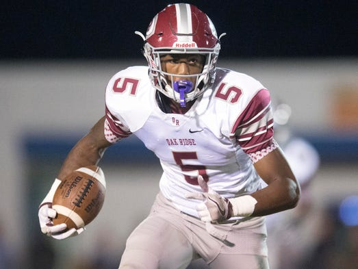 Oak Ridge's Tee Higgins with room to run against Campbell