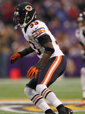 Dec 9, 2012; Minneapolis, MN, USA; Chicago Bears defensive back Charles Tillman (33) against the Minnesota Vikings at the Metrodome. The Vikings defeated the Bears 21-14.