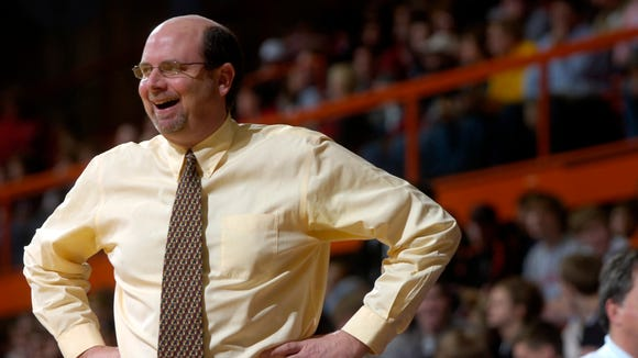 Former Lincoln boys basketball coach Robin Burgard will join Mount Marty as a men's assistant.