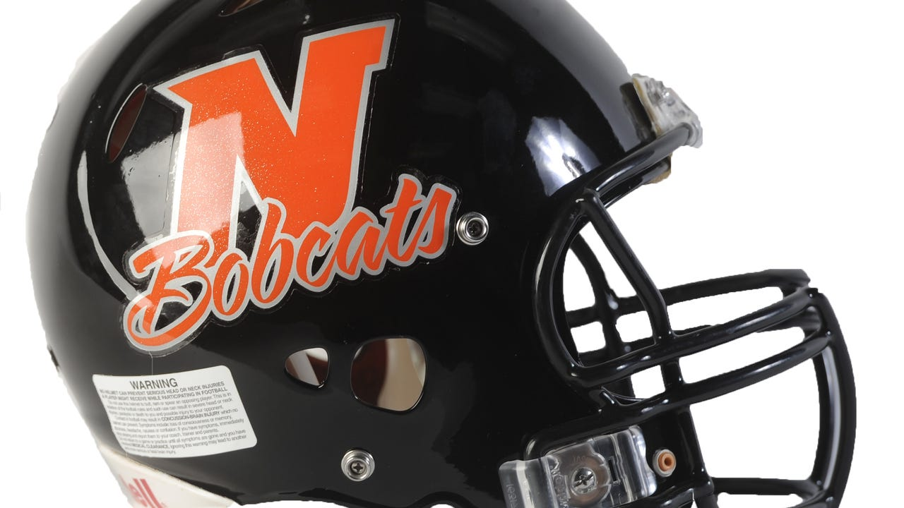 Northeastern's offense struggled in the first half Friday, but return touchdowns from Michael Cooper and Justin Franklin helped boost the team to a 27-0 win over Spring Grove.