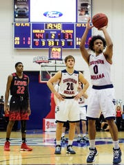 USI's Marcellous Washington (0) attempts a free throw