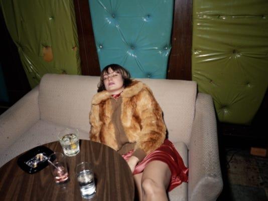 636474652973316206-Drunk-Woman.jpg