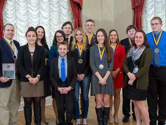 HES-SUB-052016-1st-Place-Mock-Trial-Team.jpg