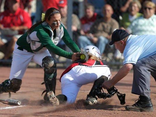 -APC Hortonville Preble softball 0417 060414wag.jpg_20140605.jpg
