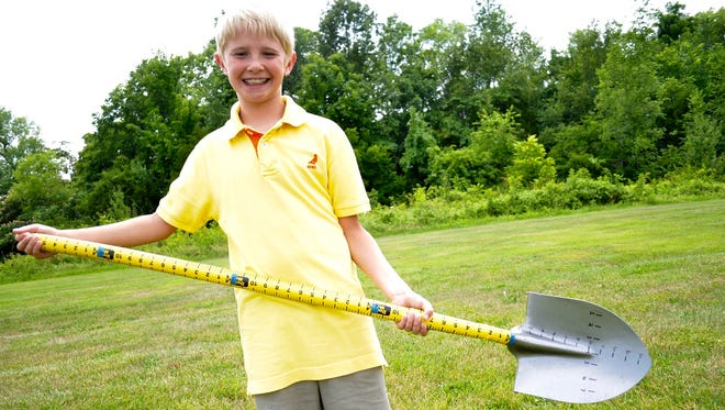 Maddox Prichard, a student at Union Elementary School in Gallatin, recently won a national award for his invention, the measuring shovel.