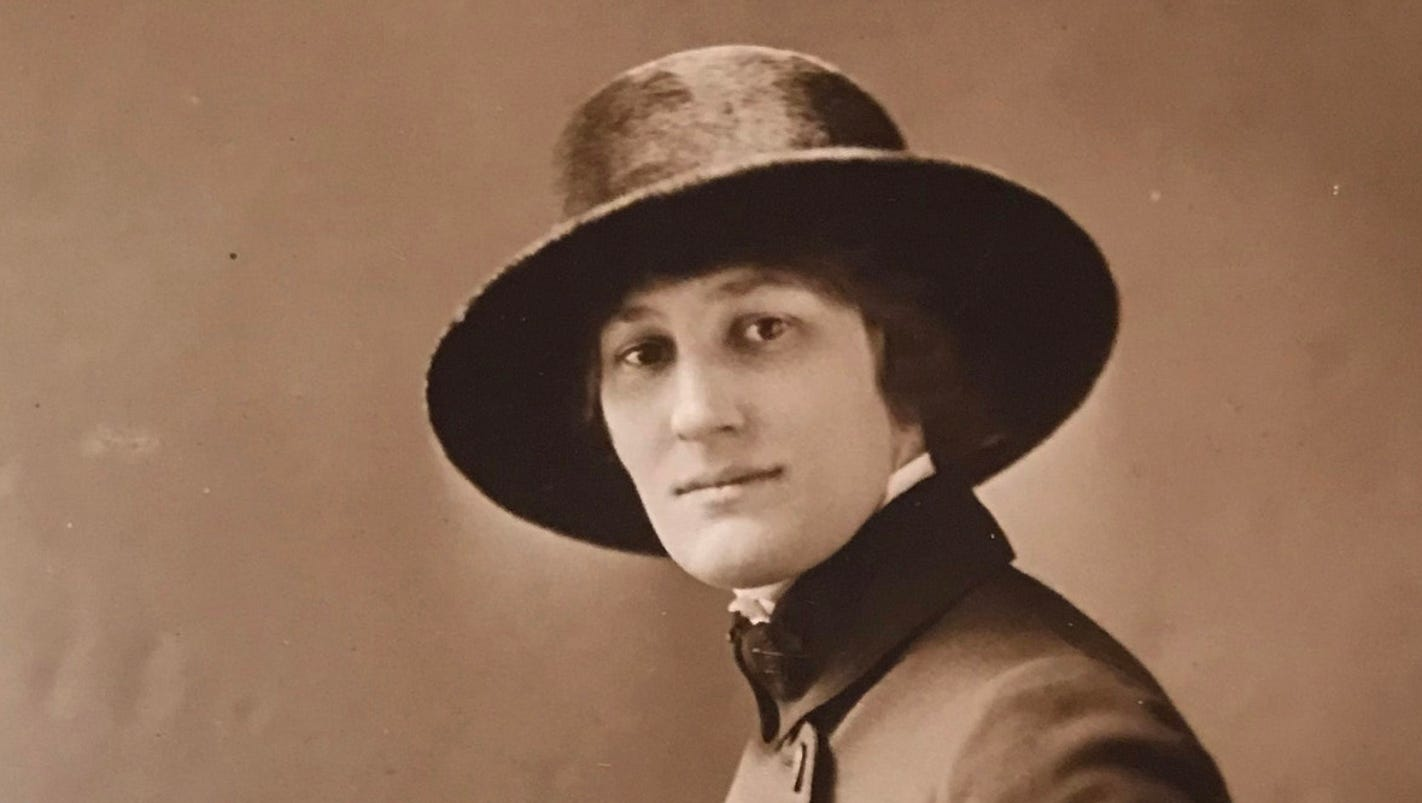 Wisconsin filmmaker creates documentary of WWI female telephone operators