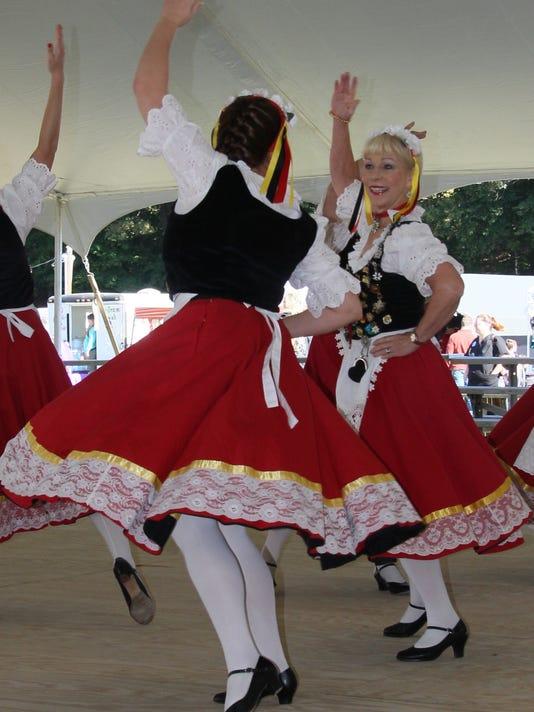 636420424712031941-Oktoberfest.jpg