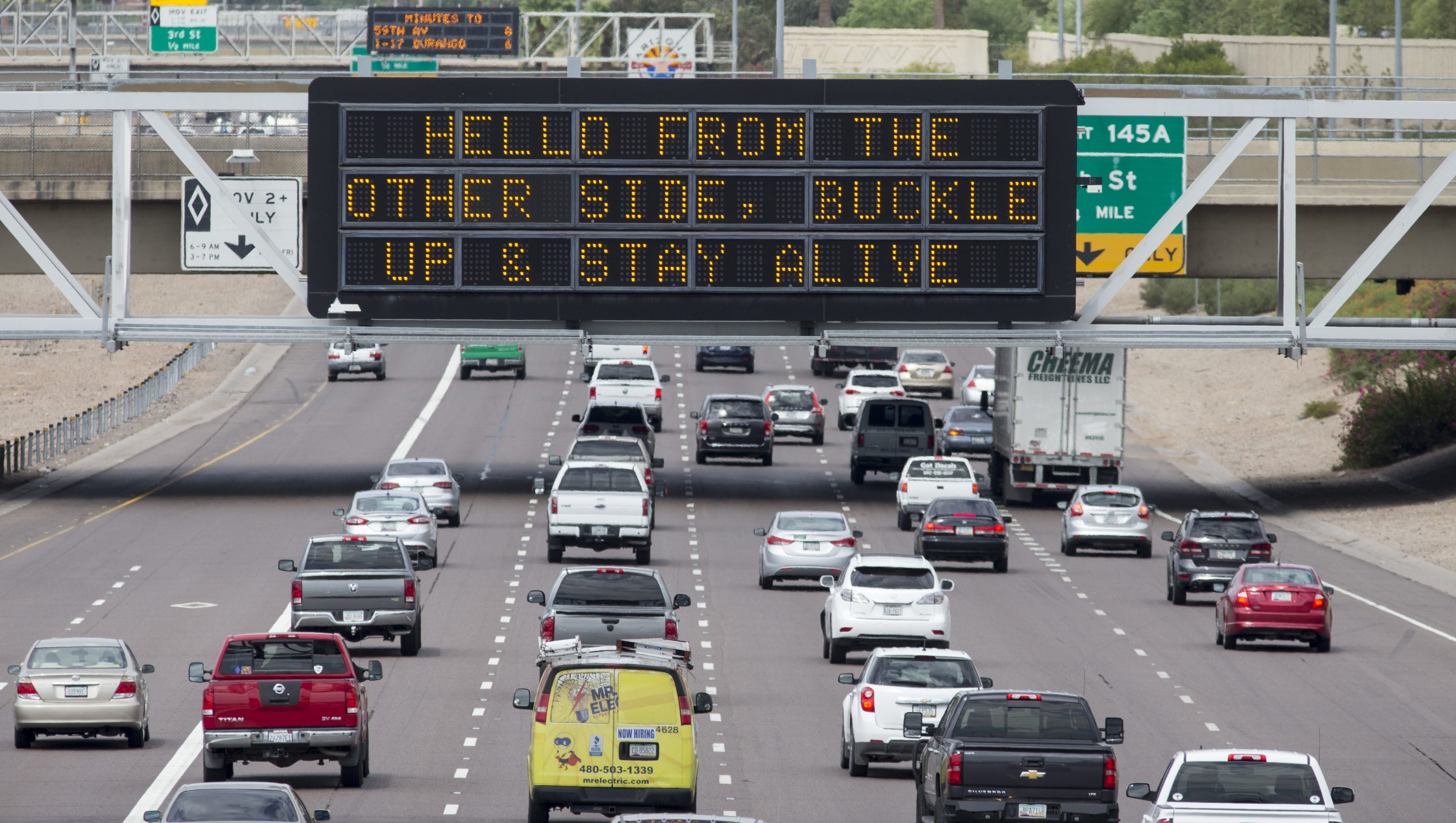 Adot signs aren 39 t funny they 39 re dangerous for Today s interiors phoenix