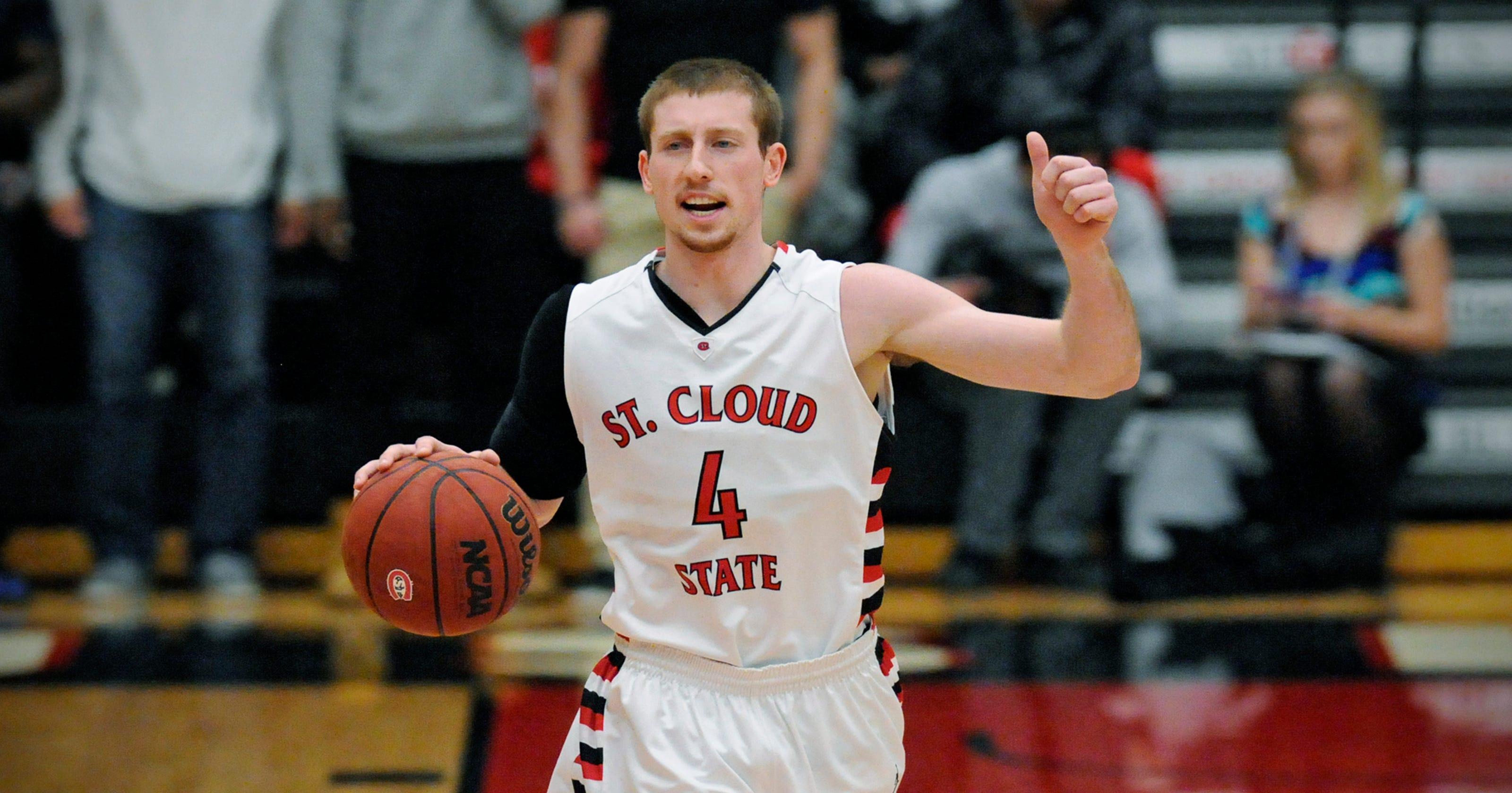 SCSU basketball: Injuries slowing Levandoski down