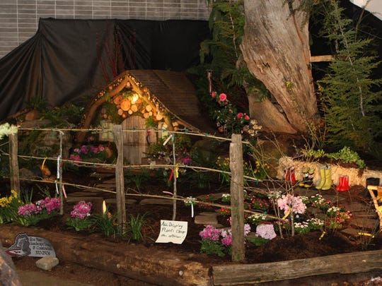 The Mid-Valley Yard, Garden & Home Show will feature a variety of large landscape display gardens March 16-18 at the Oregon State Fairgrounds.
