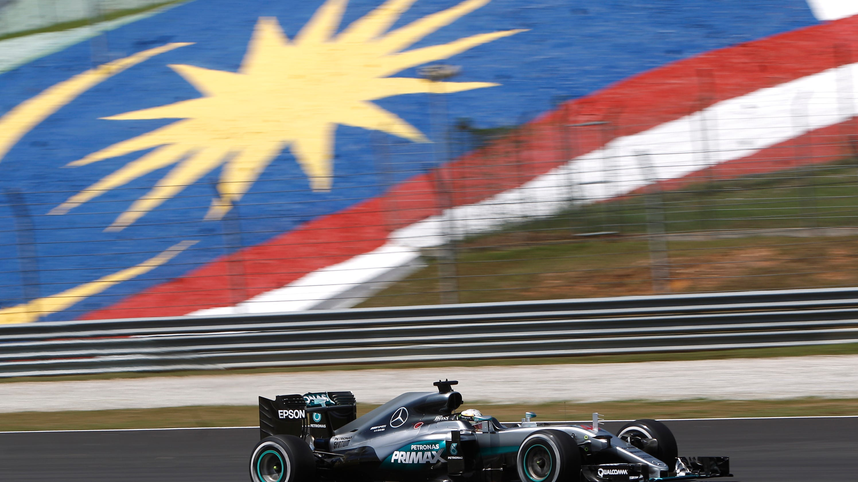 Hamilton Tops Hot And Fiery Practice In Malaysia