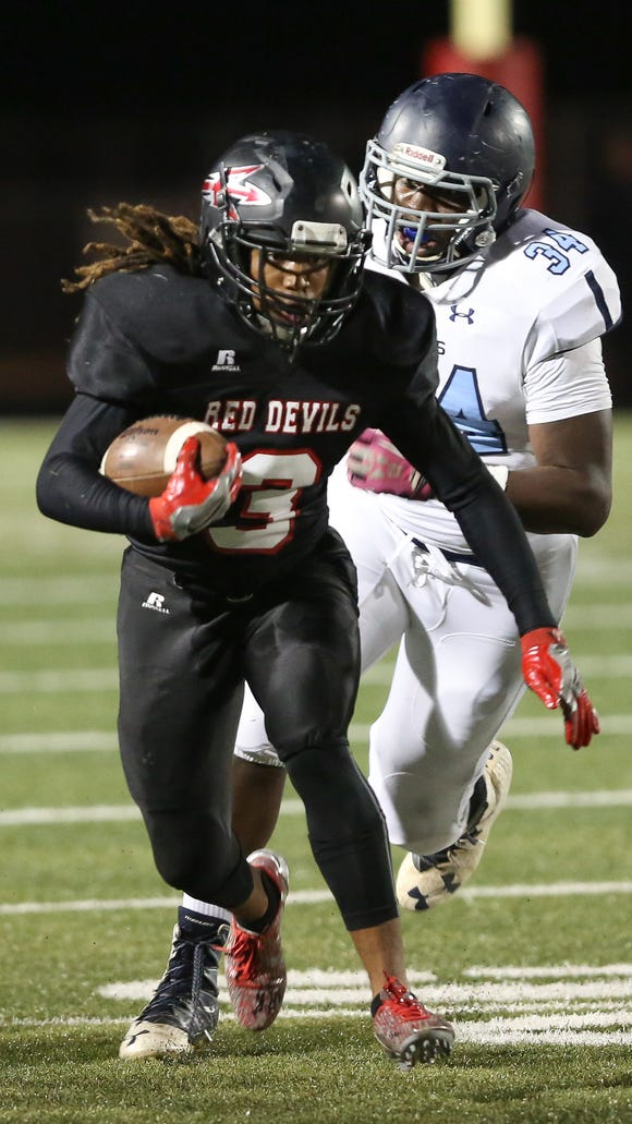 Senior running back Kevon Tabron has rushed for 214