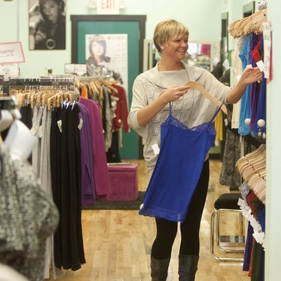 Envy, downtown Springfield clothing boutique, holding liquidation sales this month