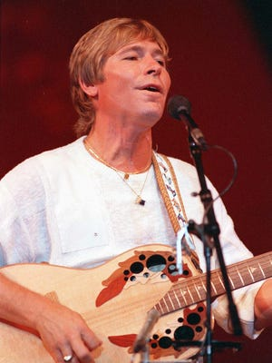 John Denver was one of the most successful acoustic artists on the 1970s.