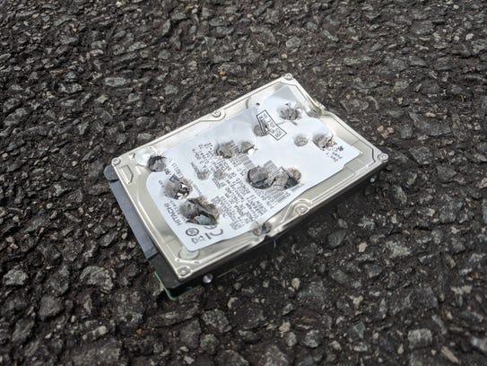 Columnist Rob Pegoraro's failed hard drive. To make